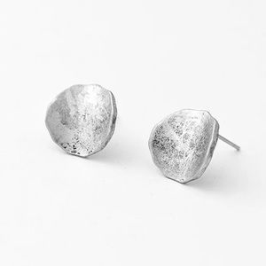 Jewelry - HAMMERED STUD EARRINGS